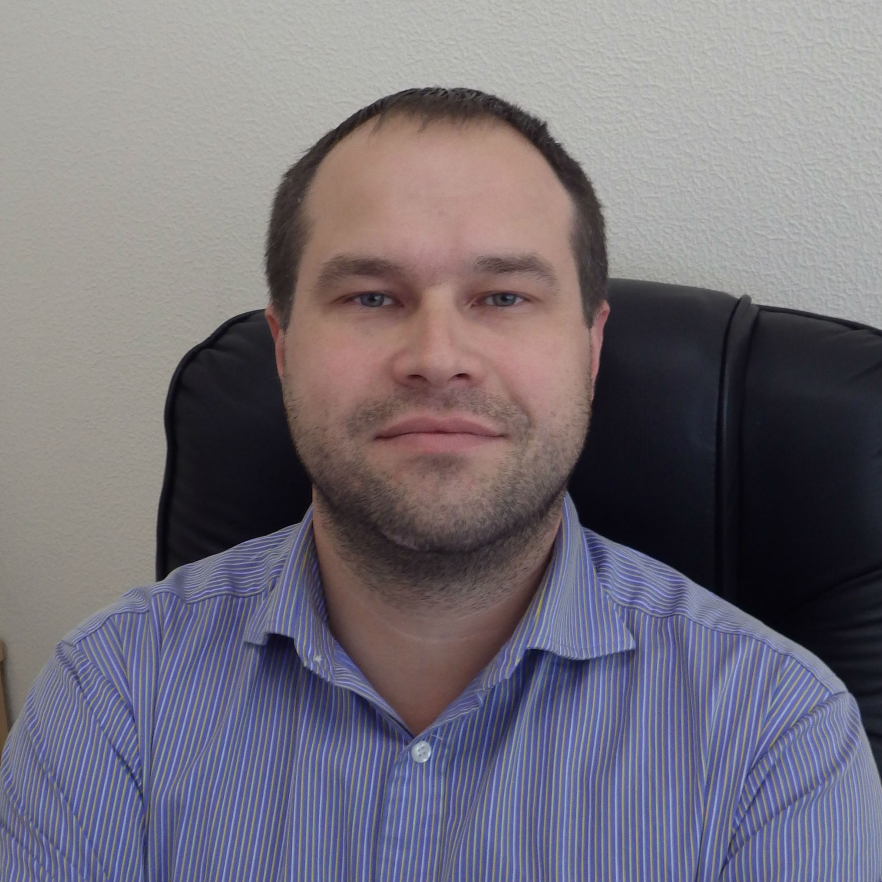 Евгений Костючик