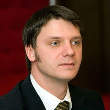 Олег Ломаковский